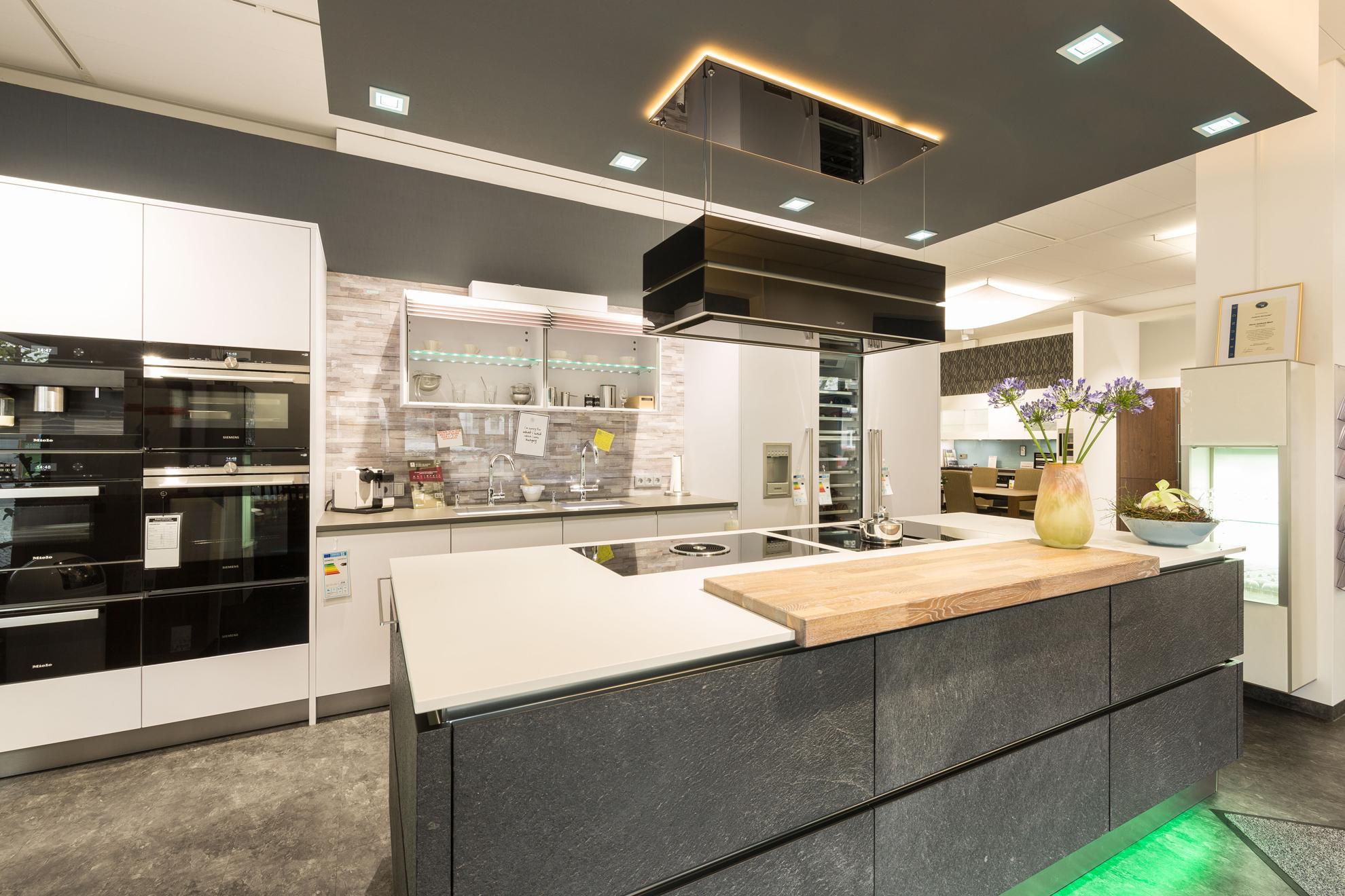 Küchenausstellung von Süß & Bierl Küchen und Ambiente