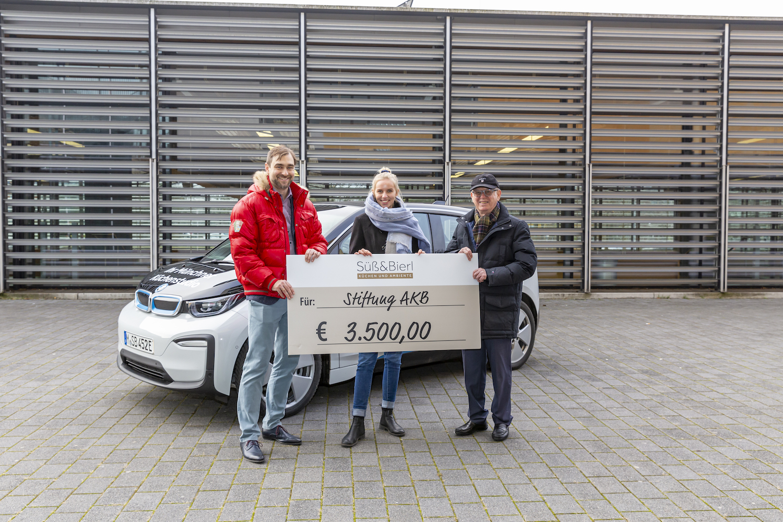 Spendenscheck Spende Elektro Auto Freude